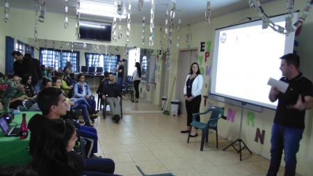 Projeto discute planejamento profissional