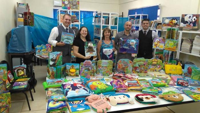 Prefeitura adquire Livros do PNAE para acervo das Bibliotecas das escolas municipais