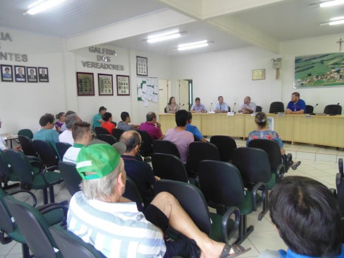 Reunião com a RGE tratou de problemas com abastecimento de energia elétrica no município