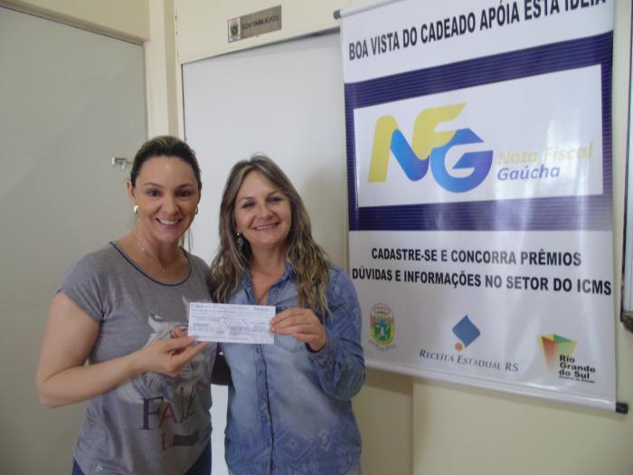Prefeitura entrega prêmio do Nota Fiscal Gaucha